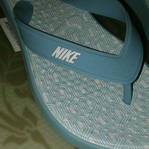 Women's Bleached Aqua/White Nike Thong Sandals